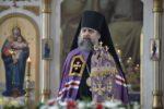 В неделю Крестопоклонную правящий архиерей совершил Божественную Литургию в Георгиевском храме станицы Бриньковской